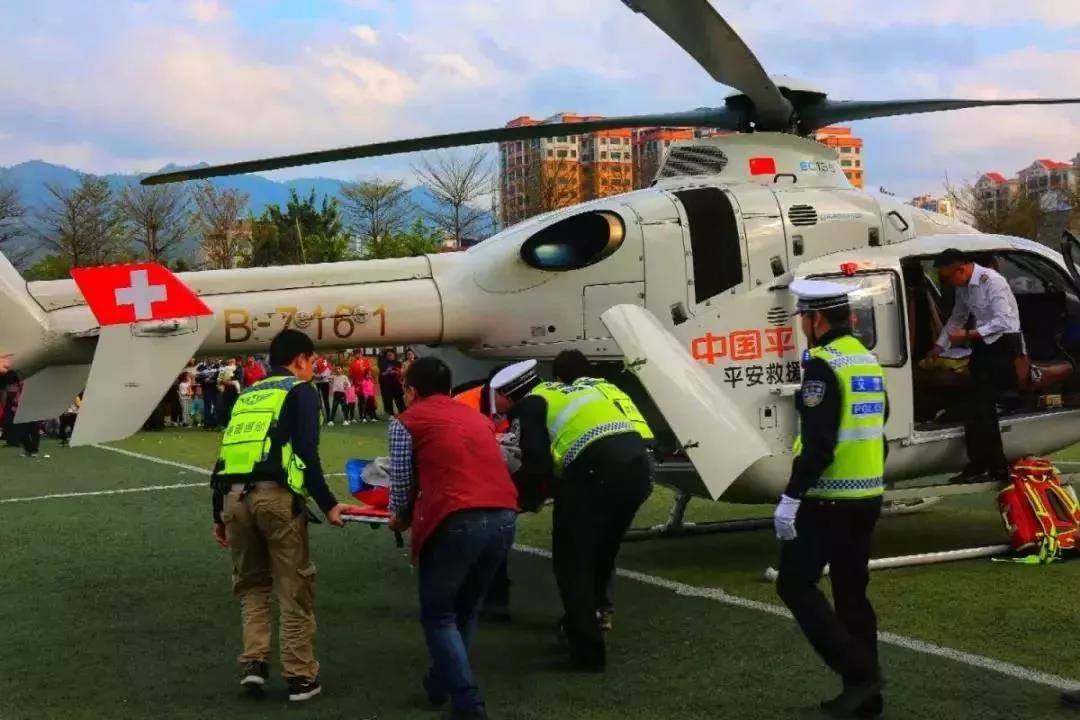 深圳14架直升机随时待命,全部用于应急救援